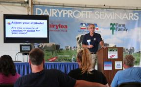 Miner Institute President Rick Grant a Empire Farm Days